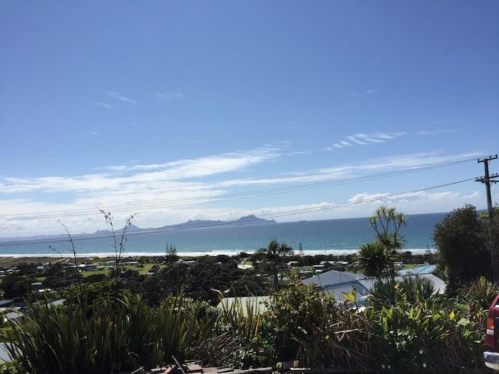 Million Dollar Views in the heart of Waipu Cove