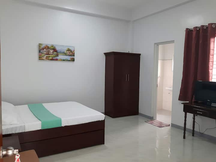 Ynez Suites (Studio Apartment-SC1-2R3)