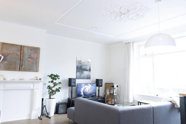 Bright apartment in Amsterdam/Zaandam City Centre