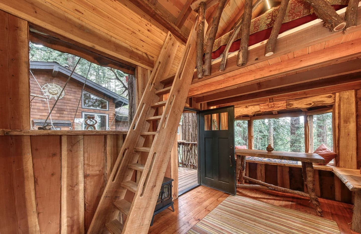 Wow! We found the Best treehouse California Rentals. Save time searching!