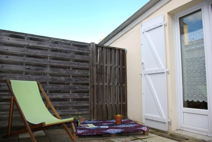 Joli T2 lumineux avec terrasse ensoleillée - Bordeaux - Dom