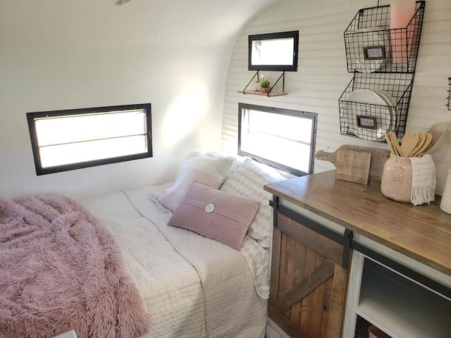 Awe-mazing and lovable vintage glamper trailer