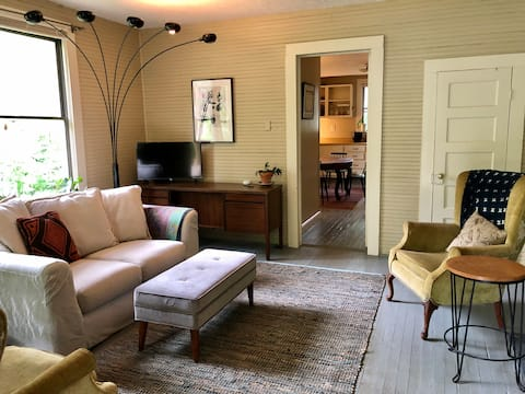 2BR Cottage 1 mile from Downtown Athens