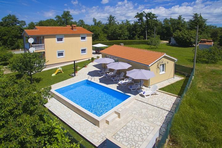 Comfortable House Nevenka near Porec and the beach