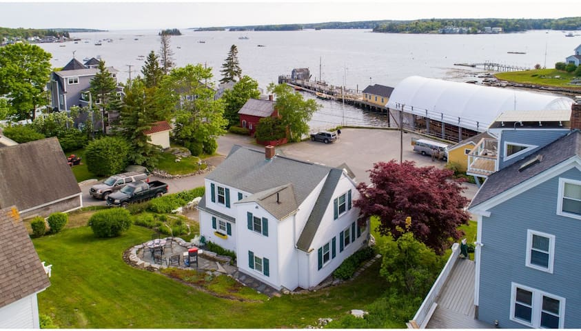 Dock View - Boothbay Vacation Homes
