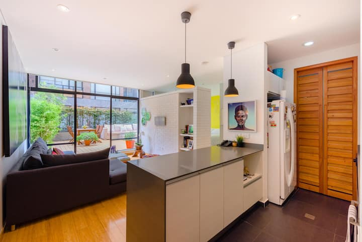 Cosy Studio Apt with Terrace in the best location.
