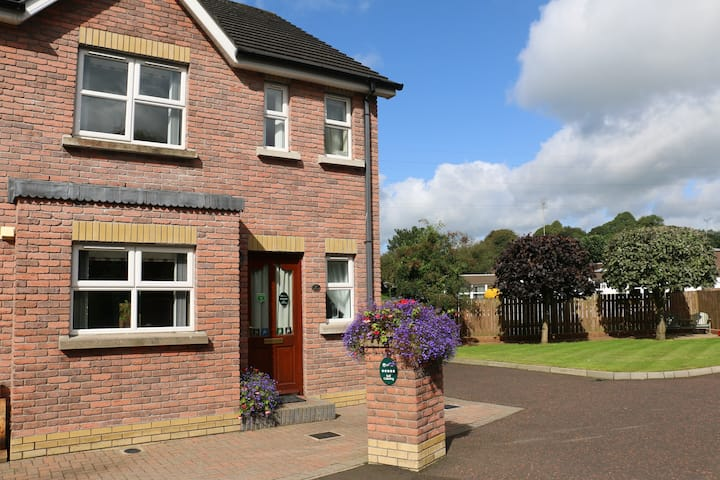 PARKHEAD LODGE 5 STAR SELF CATERING BALLYMENA