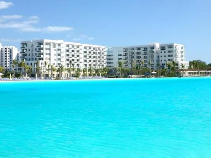 Playa Blanca Studio condo with balcony ocean views