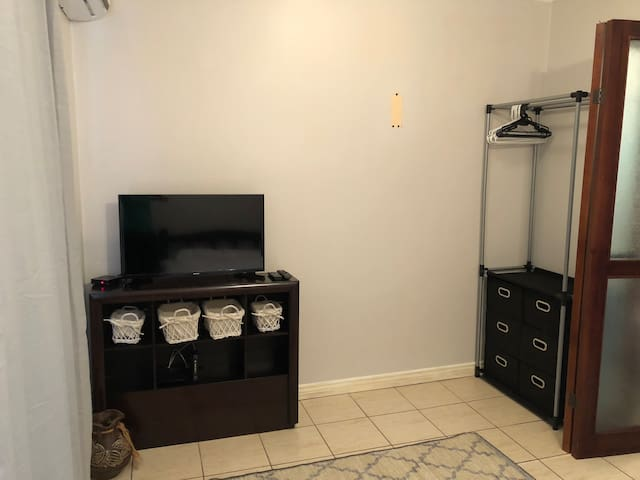 Brand new TV and space to hang clothes June 2018