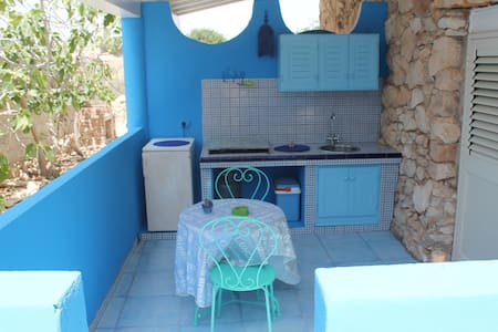 Studio apartment near CalaCreta bay - Lampedusa e Linosa - Apartment