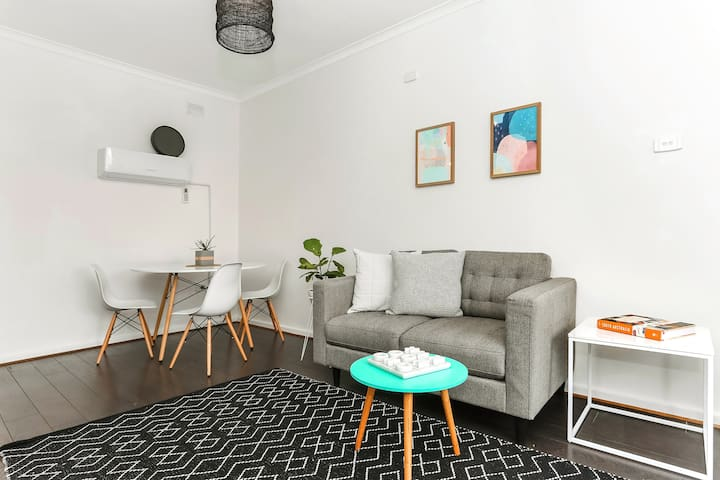 NEW Trendy central apartment mins from city - Rose Park - Apartment