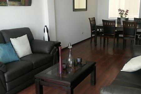 Elegant, cozy and cheap apartment I - Lakás