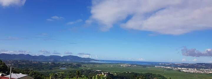 Magnifique et paisible vue sur baie et plaine