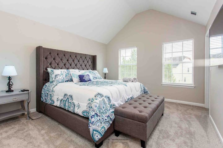 King room with Reclining bed