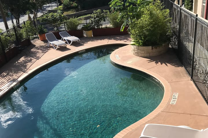 BEST area in ATX. Pool is open! Check in at noon.