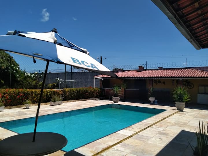 Casa em sitio  com piscina e campo  Aquiraz