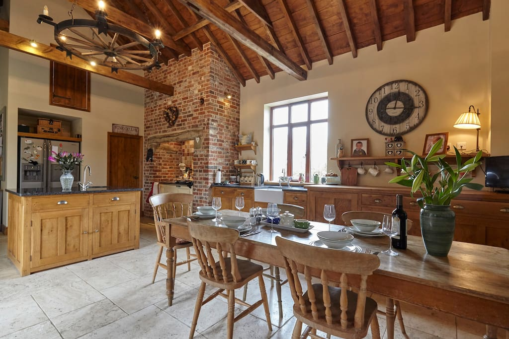 Spacious country kitchen