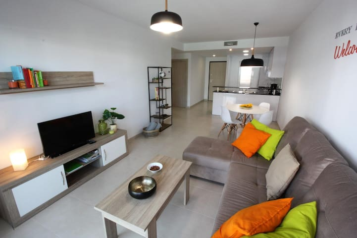 Casa Clara, apartment with terrace, garden and communal pool