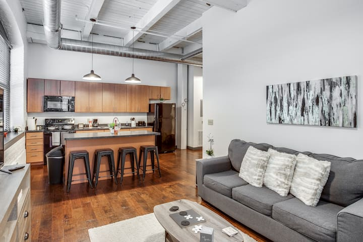 🌆Modern Loft Style on Monroe by Downtown Park/Eas