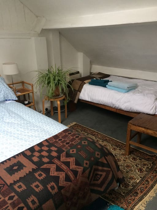 Additional single bed in attic double room
