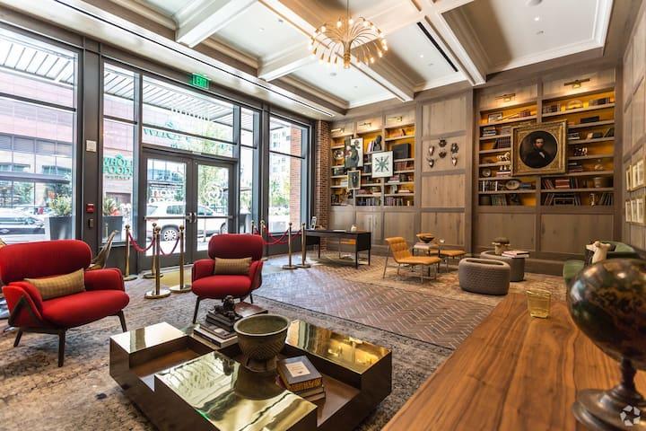 StudioRED @ TheGrand Luxury Apartments