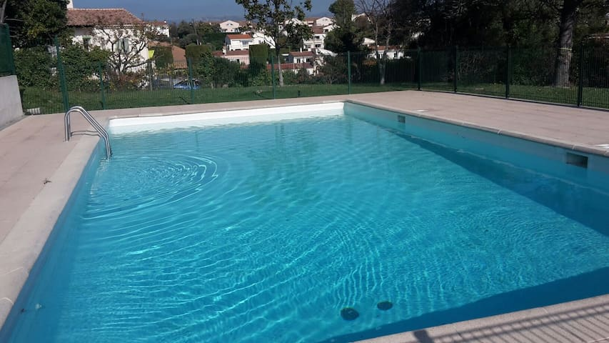 week-end & Vacances vue mer de 1 à 6 pers - Villeneuve-Loubet - Appartement