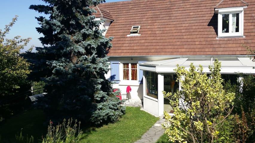 Maison au calme proche de Paris - Viarmes - Ev