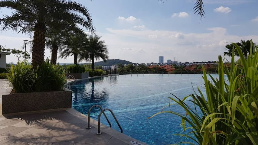 GET YOUR SPACE IN PUTRAJAYA, MALAYSIA