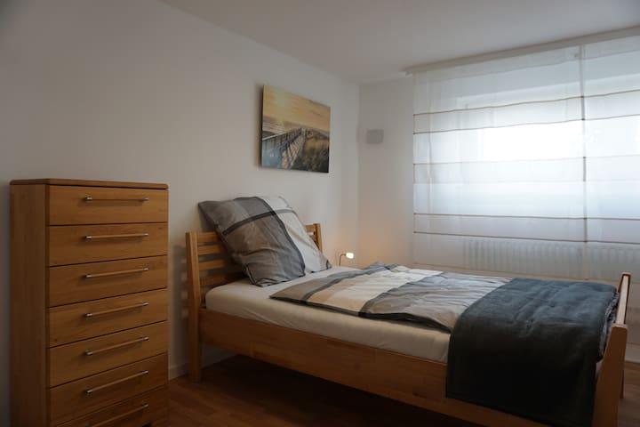 Single BR in furnished aptm. near Airport+DA+MZ - Büttelborn - Erillinen asuinyksikkö