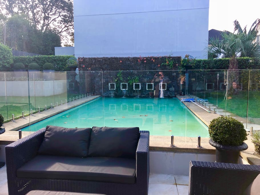 Outdoor area incl. Water Feature & Pool