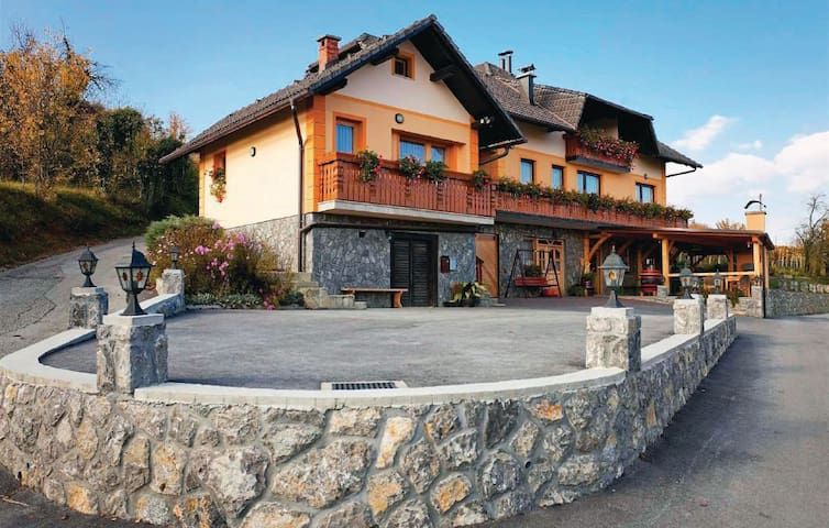 Sevnica Top Sevnica Vacation Rentals Vacation Homes - A beautiful villa in ljubljana every minimalist will love