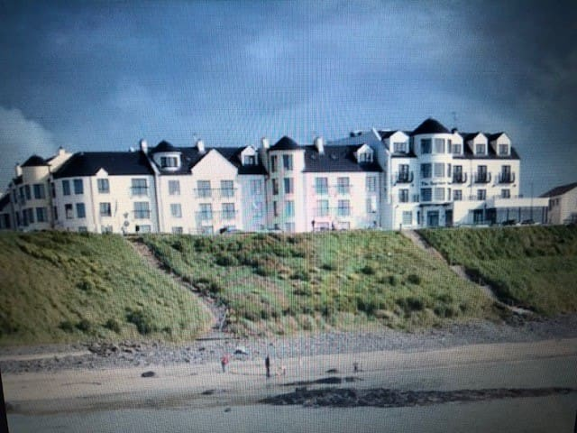 Beach Apartment Portballintrae near Royal Portrush
