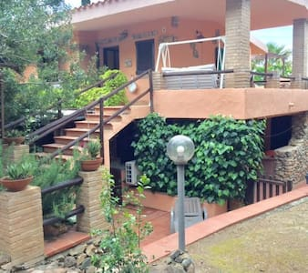 Costa Rei 150mt from the beach sleeps 5 people
