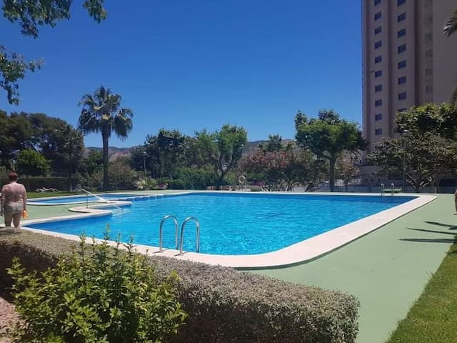 Beautiful view/ Swimming pool/ Parking/ Equiped