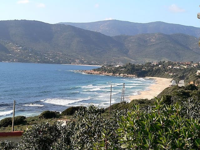 Villa 2 chambres, terrasse vue mer, proche  plages - Coggia - Rumah