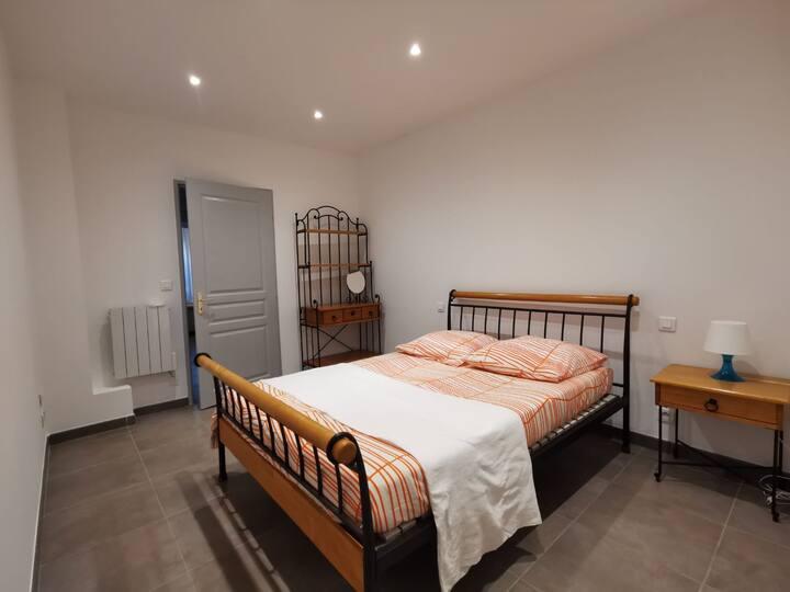 Appartement en plein cœur d'un village provençal