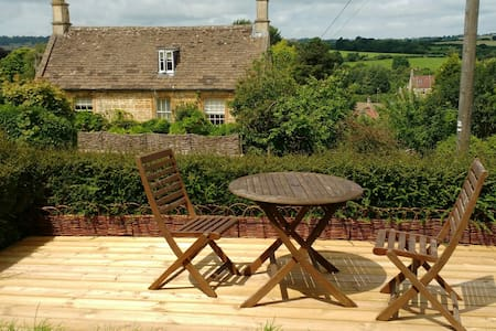 Spacious home nr Cotswolds & Bath - Box - Dom