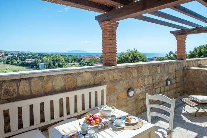monolocale con terrazza vista mare San Vincenzo