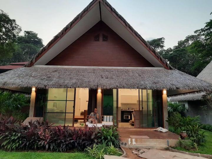 The Forest (rain bungalow)