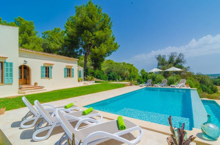 SON MORA - Villa with private pool in Porreres. Free WiFi