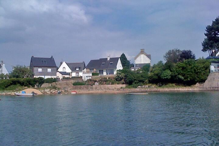 Maison pieds dans l'eau proche Carnac - Plouhinec - Apartament