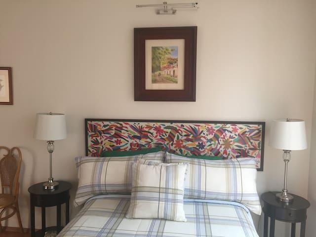 vista de baño y tipo de habitaciones - เม็กซิโกซิตี้ - ที่พักพร้อมอาหารเช้า