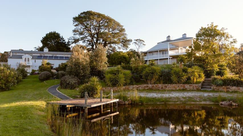 South Hampton Luxury Retreat