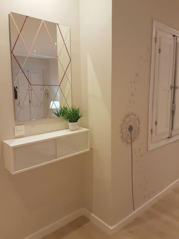 Bestlocation: Apartment GranVia4 PARKING&WIFI FREE