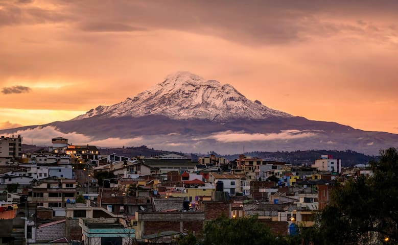 Alojamiento independiente, ubicación privilegiada - Riobamba - Condominium