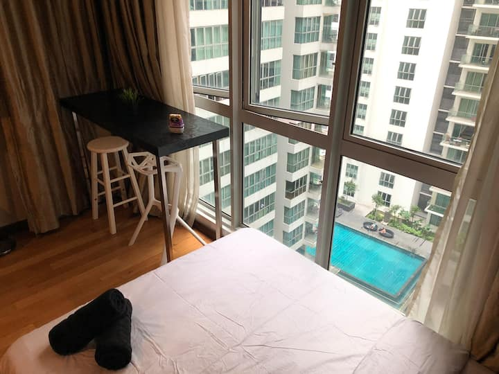 REGALIA RESIDENCE 1 BEDROOM WITH POOL VIEW