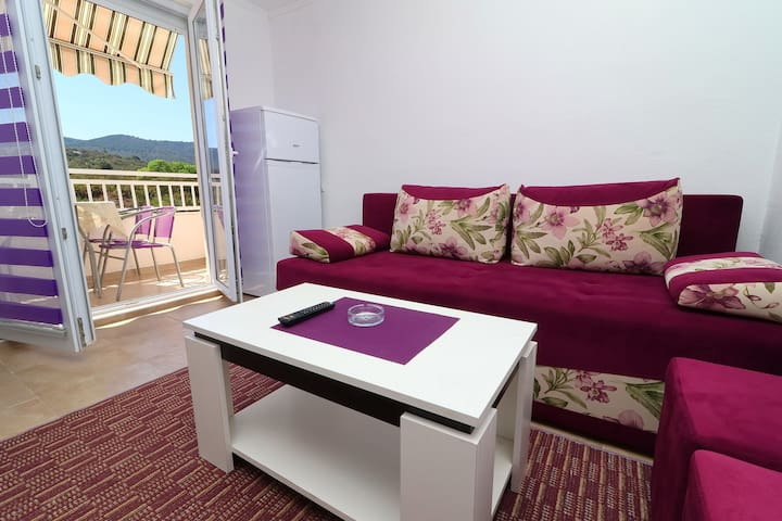 AS Pelješac - Comfort One-Bedroom Apt with Balcony