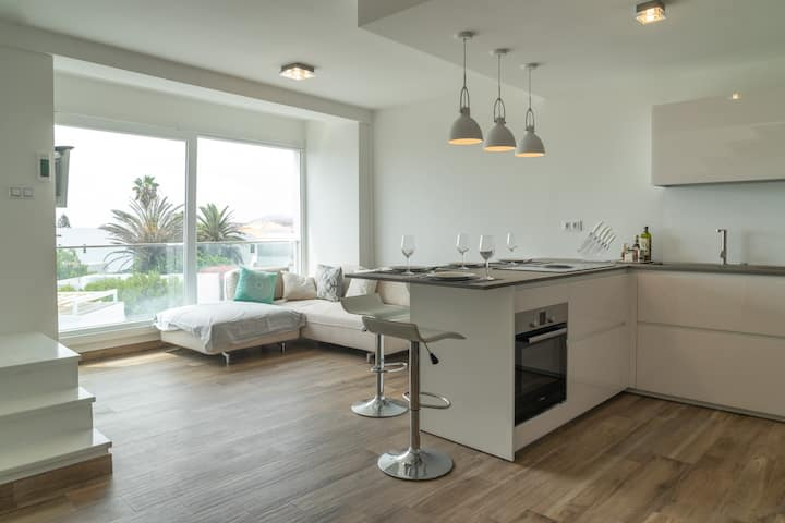CORRALEJO: Stylish Penthouse with rooftop terrace!