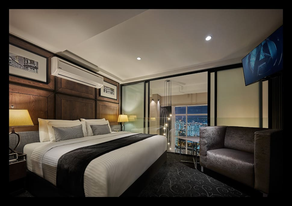 Room 3-King Size Bed