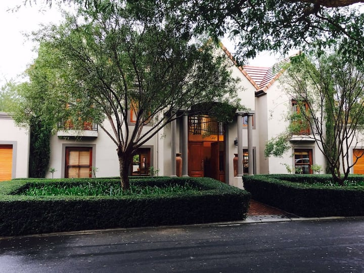 Beautiful Home in the Boland